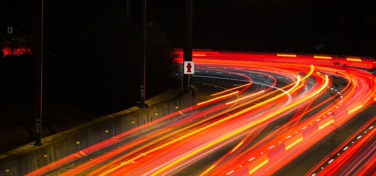 LKW Beleuchtung bei Nacht